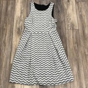 41 Hawthorn Jace chevon dress size L
